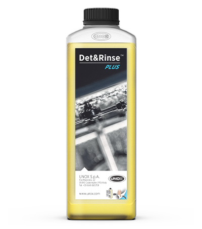 CARE AND MAINTENANCE Detergents DB1015A0